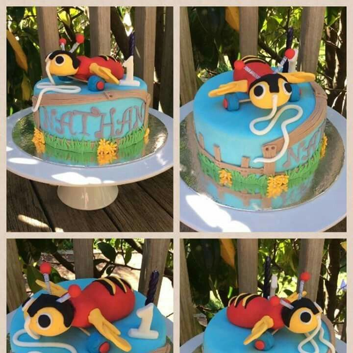 Buzzy bee cake Www.facebook.com/Rkdesignsnz