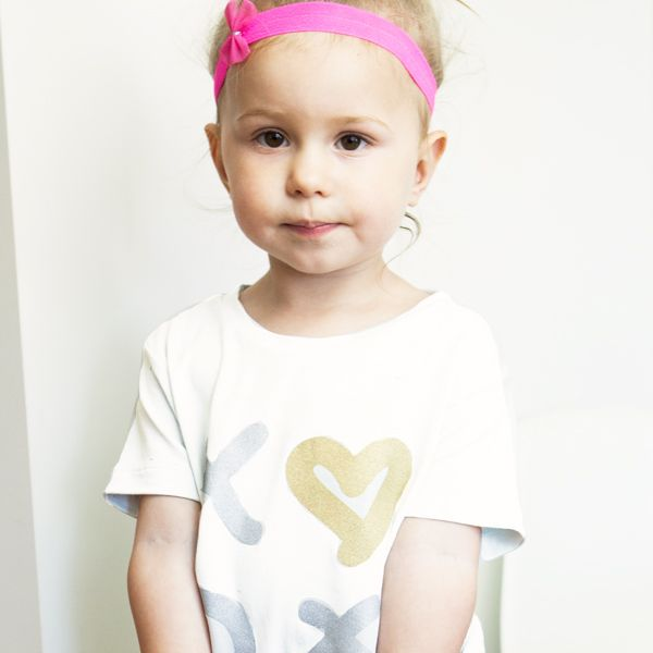 Kiss and Hug me tee $24.95 by www.littlewildthingsT.com