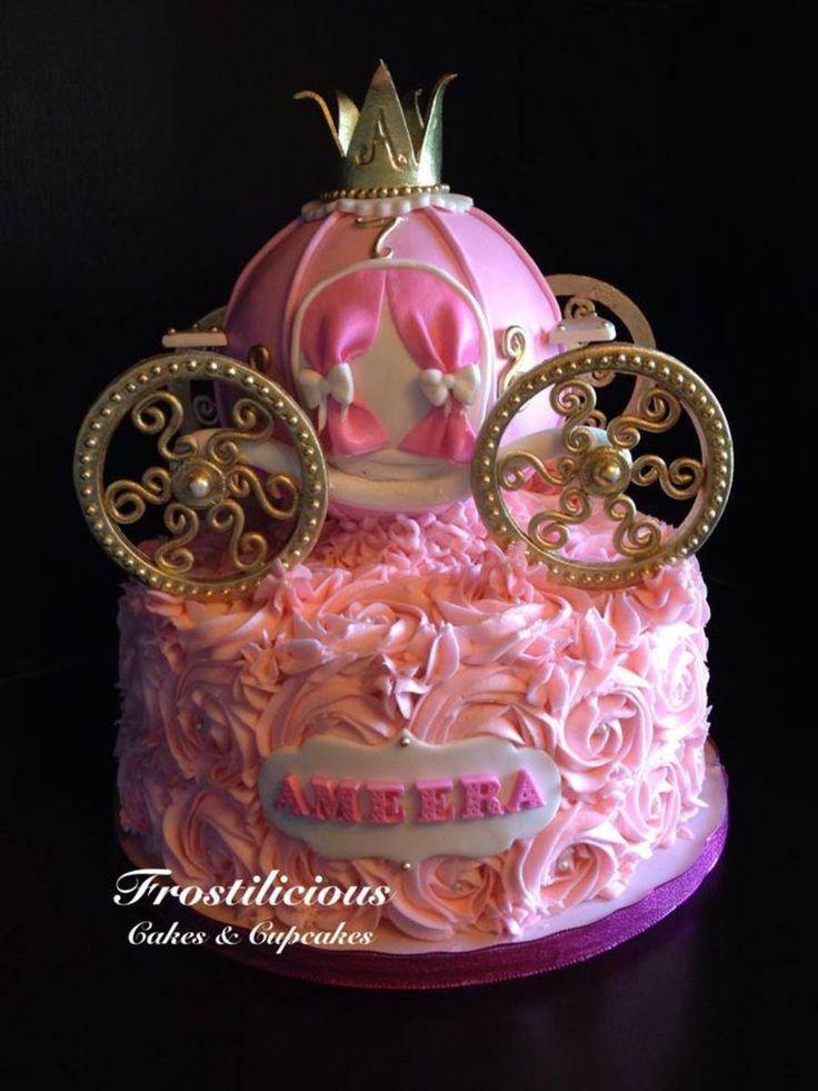 895322nUvY_princess-carriage-cake_900.jpg (900×1200)