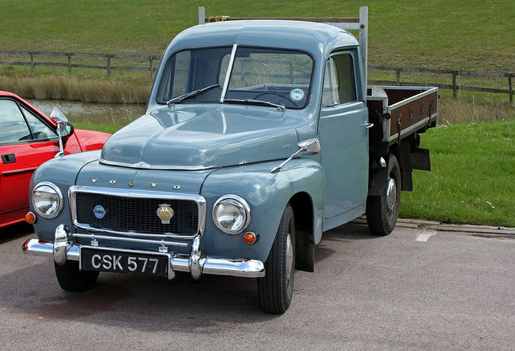Volvo Pickup - Spring Classic, truck, vehicle, transportration, curves, wheels, hot, beauty, photo