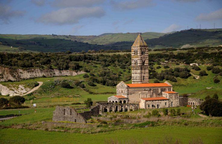 Visita alla la SS.Trinità di Saccargia in Sardegna