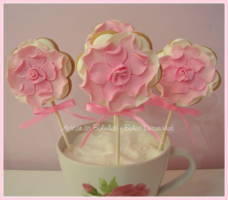 flowers cookies http://acucarasbolinhas.blogs.sapo.pt/