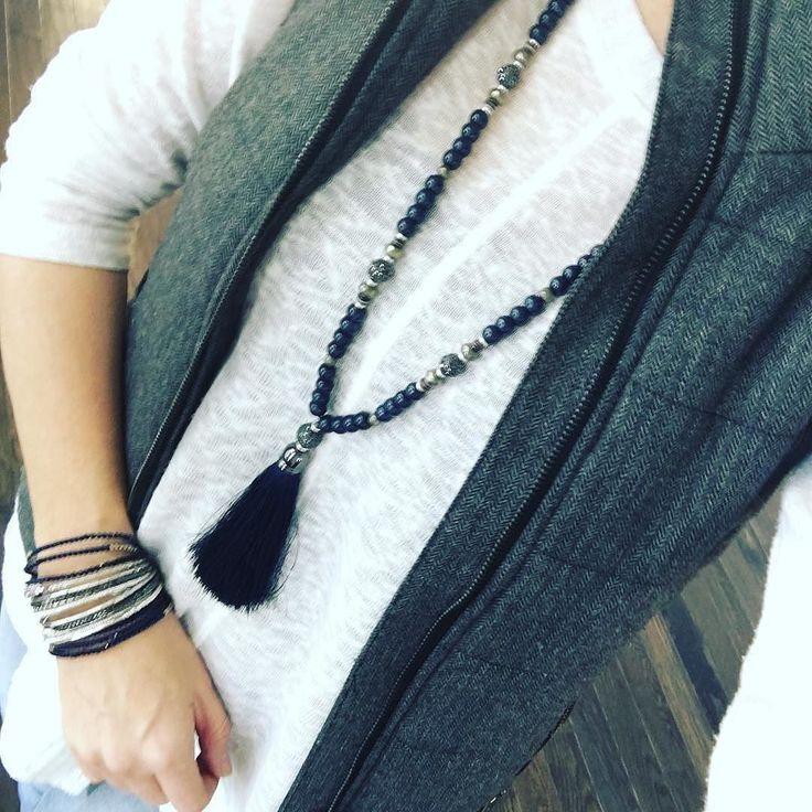 #Repost @laurensigler Notre nouveau Collier à Pampille Trode superbement porté ET Arm party avec le Bracelet enroule Céline ET nos nouveaux bracelets stretch! J'adore ce Look
