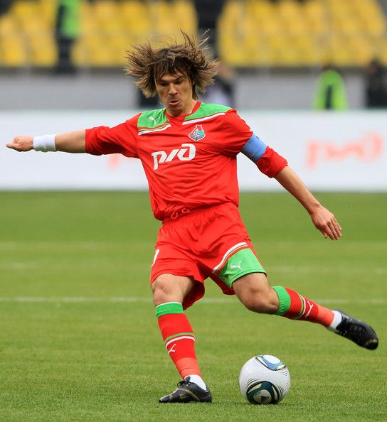 Dmitri Loskov Photos - Dmitri Loskov of FC Lokomotiv Moscow in action during the Russian Football League Championship match between FC Lokomotiv Moscow and FC Rostov Rostov-on-Don at the Luzhniki Stadium on April 02, 2011 in Moscow, Russia. - FC Lokomotiv Moscow v FC Rostov - Premier League