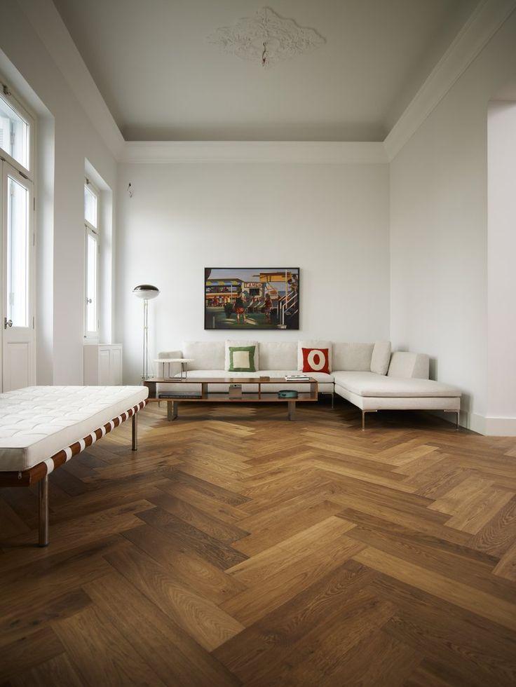 Grande Dame - ιδιωτική κατοικία. Ξύλινα προγυαλισμένα δάπεδα Dennebos, από DIPO. www.dipo.gr