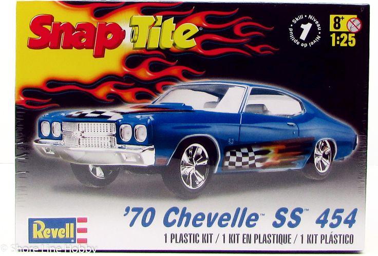 Revell 1970 Chevy Chevelle SS 454 85-1932 1/25 New Car Plastic Model Kit