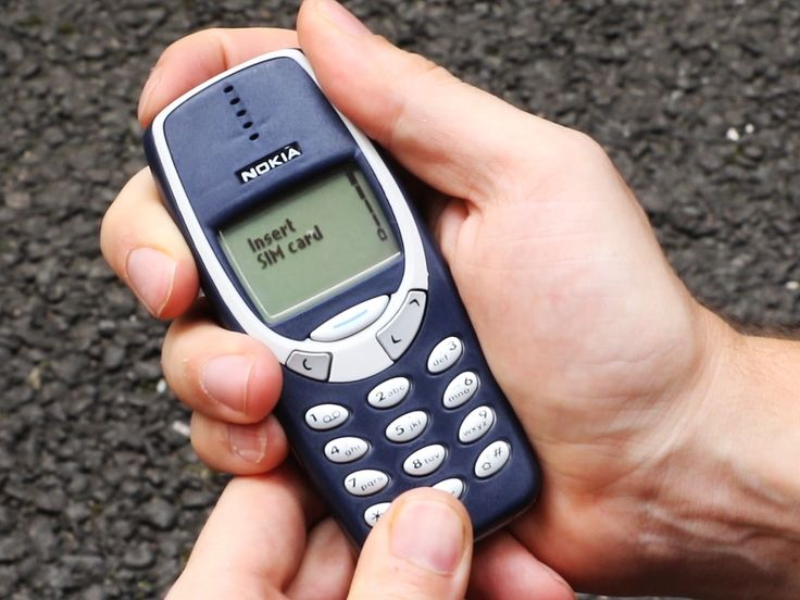 We drop tested the old Nokia 3310 – and it survived a fall from a fourth-storey window - The old Nokia 3310 has legendary status for its durability so we decided to get our hands on one and see just how robust it was.  The tests involved a drop from pocket height, a drop from shoulder height, a first-floor drop, a fourth-floor drop and just to make sure, we also smashed it against a brick wall.  The Nokia 3310 had somewhat of a revival in the UK after an improved version of the phone was…