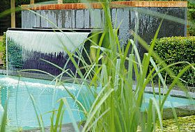 Water feature by Placid Pools