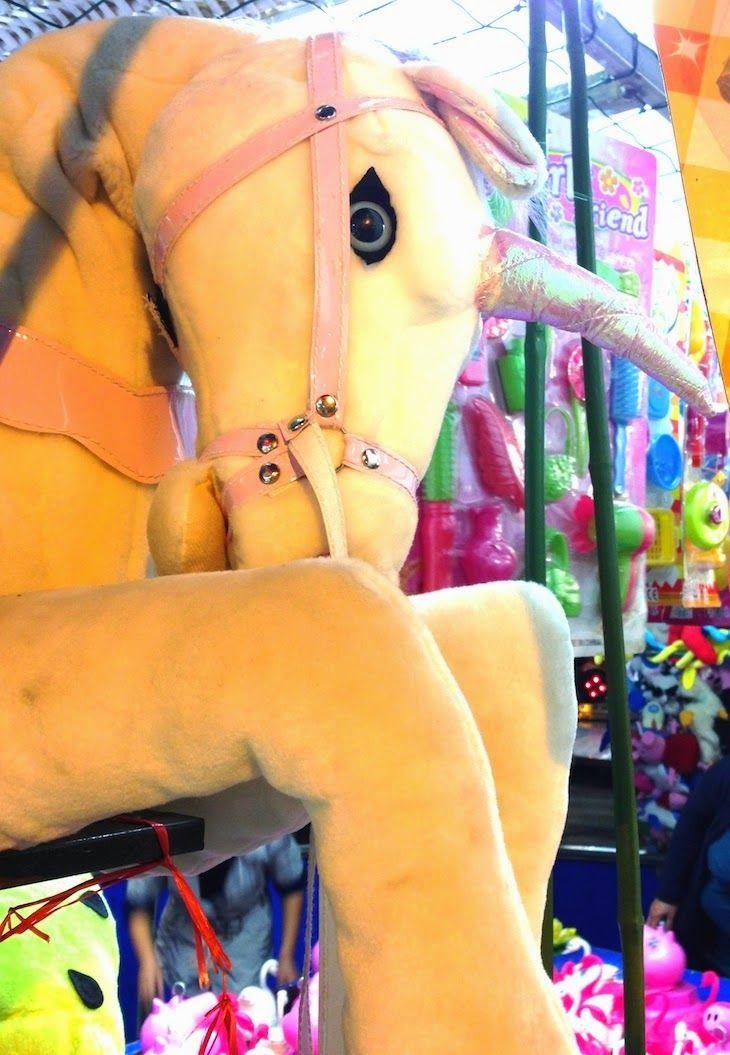 #unicorns #lunapark #carousel #carouselhorses #pelouches #colors #pastel #colors #colori #pastello #cavalli #giostre #vintage #fashionblogger #thefashionamy #photography #lifestyle #toys