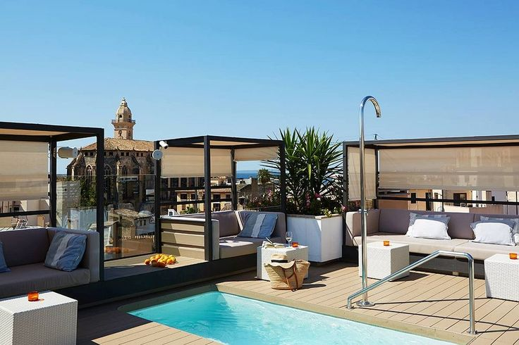 8 hotels with rooftop pools in palma de mallorca plunge pool for Kapfer pool design mallorca