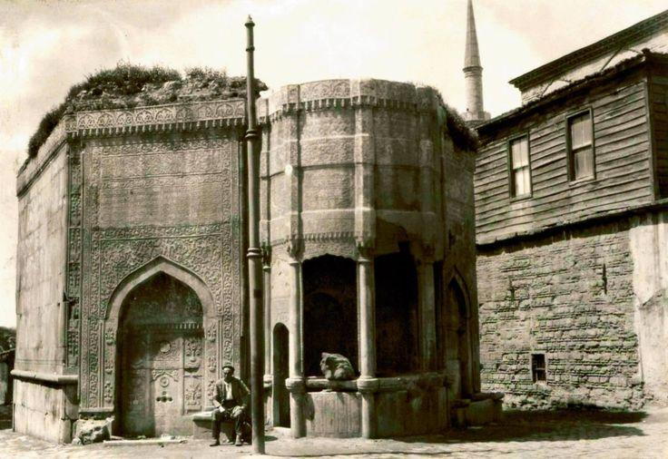 Azapkapı Saliha Sultan Çeşmesi / 1933