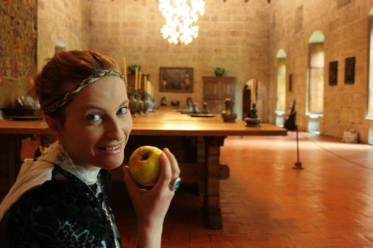 Enjoy the company of the 1st Duchess of Bragança and take a tale with #ToursandTales - Paço dos Duques, Guimarães