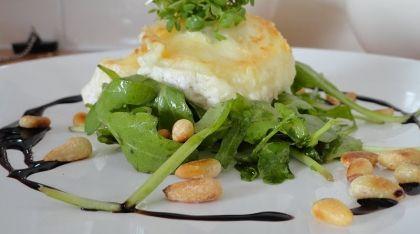 Salade met gebakken geitenkaas - Wie is de Chef? -