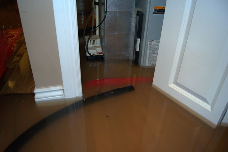Painting of The Right Ways to Clean Flooding Basement Problem
