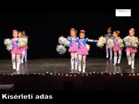 07 pom pom tánc - YouTube