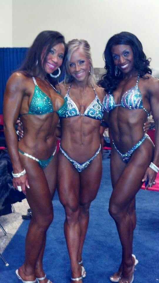 Fitness factory girls back stage