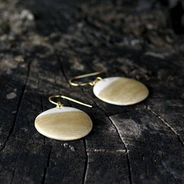 Ceramic circle gold earrigs by Brekszer on Etsy