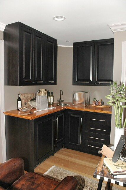 dark stained cabinets | Click here for higher quality, full size image