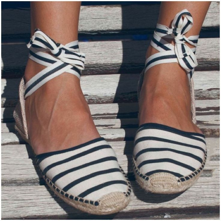 **** Stitch Fix April 2017! Love these navy blue and white flat espadrilles lace ups! Get great looks just like these from Stitch Fix today! Stitch Fix Fall, Stitch Fix Spring, Stitch Fix Summer 2016 2017. Stitch Fix  Spring Summer fashion. Resort Wear #StitchFix #Affiliate #StitchFixInfluencer