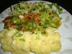 Recept voor Andijvie met zure uiensaus en spek of krepkessaus. Meer originele recepten en bereidingswijze voor groenten vind je op gette.org.
