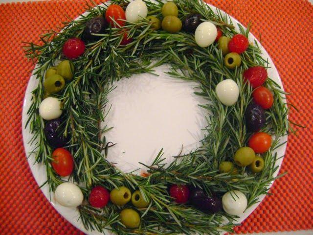 As opções são de pratos saudáveis para a ceia de natal, feito com legumes e verduras, frutas, queijos, entre outros ingredientes.     Sal...