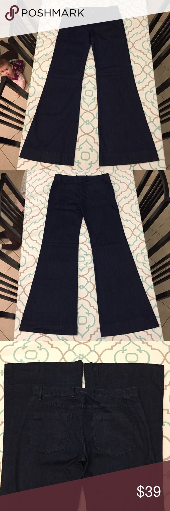 "💙👖Pretty Gap Trouser Jean👖💙XX Long 36"" inseam! 💙👖Beautiful Gap Jeans👖💙 Modern Trouser. Size 31 (11/12). Great Stretch! 36.25"" Extra Extra Long Inseam. Great with heels. Great for tall ladies. A folded hem has been let out. There is is a very very slight fade line across pant legs 4.5"" from bottom. Slightly Wrinkled at bottom hem. Excellent Used Condition!! Great for work, outings, and special evenings too. Ask me any questions! : ) GAP Jeans Flare & Wide Leg"