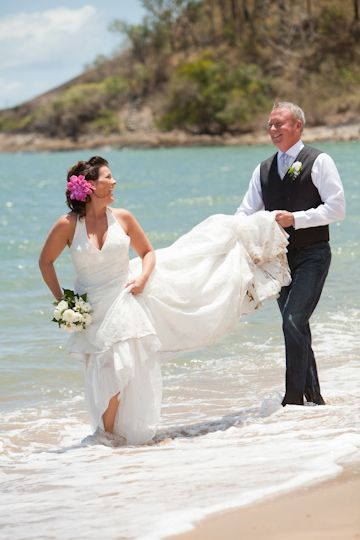 Lisa and Eric were married in beautiful Cairns. Let us help you plan your Cairns beach wedding now.