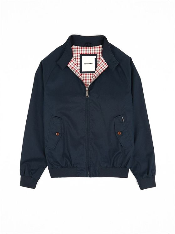 Ben Sherman, klassische Harrington Jacket, 115€ (92)