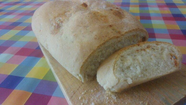 Pan de tomillo y chorizo