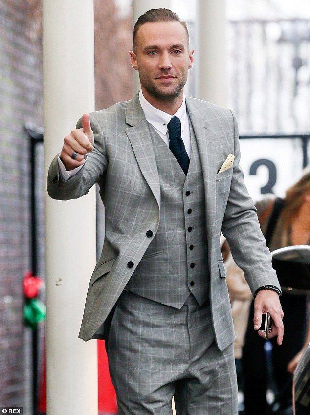 Calum Best arrives at ITV studios ahead of his interview with Lorraine Kelly on Thursday morning  Read more: http://www.dailymail.co.uk/tvshowbiz/article-3013204/Calum-Best-reflects-spiral-alcohol-abuse-following-tragic-death-father.html#ixzz3VWSgRIQZ Follow us: @MailOnline on Twitter | DailyMail on Facebook