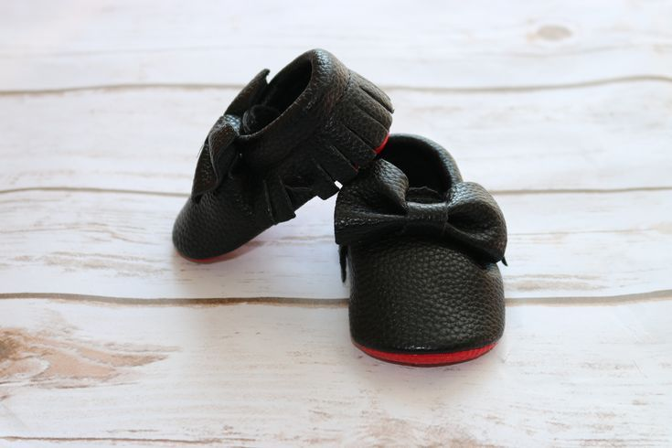 red bottom baby moccasin 0- these adorable baby moccasins for your baby girl are the prefect addition to any trendy baby outfit.  Great fit due to the elastic in the ankle.