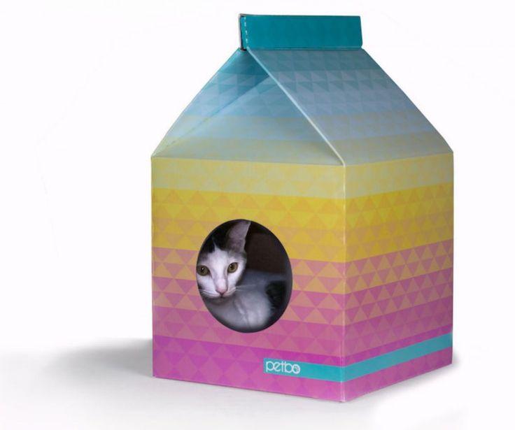 Des maisons écologiques pour chats qui ressemblent à des packs de lait géants | Buzzly