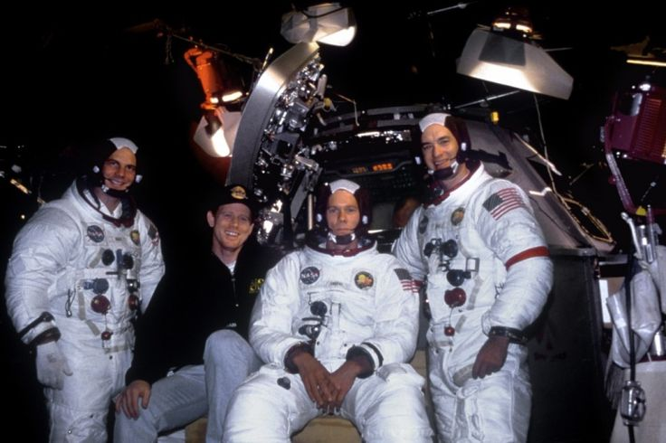 "On the set of ""Apollo 13"", 1995. L to R: Bill Paxton, director Ron Howard, Kevin Bacon, Tom Hanks"