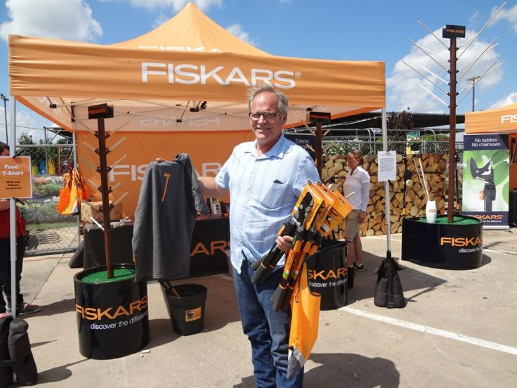 Our fans are leaving the Discover the Difference Tour with some #Fiskars swag! #GearUp www2.fiskars.com