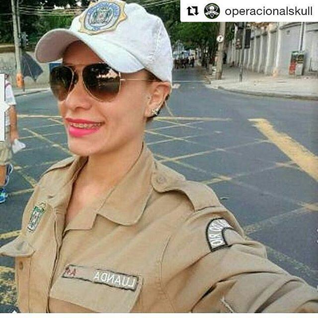 WEBSTA @ naiara_tadioto - #Repost @operacionalskull with @repostapp・・・Linda Guerreira- Guarda municipal - do Rio de Janeiro 👮👉@blogluandabarbie•🔰Juntos somos mais fortes ! 🔰•#operacional #operacionalskull #skull #caveira #top #bomdia #boatarde #boanoite #policia #policiamilitar #facanacaveira #pm #bombeiro / Mulher de farda 👮😍 (13/12/2016)