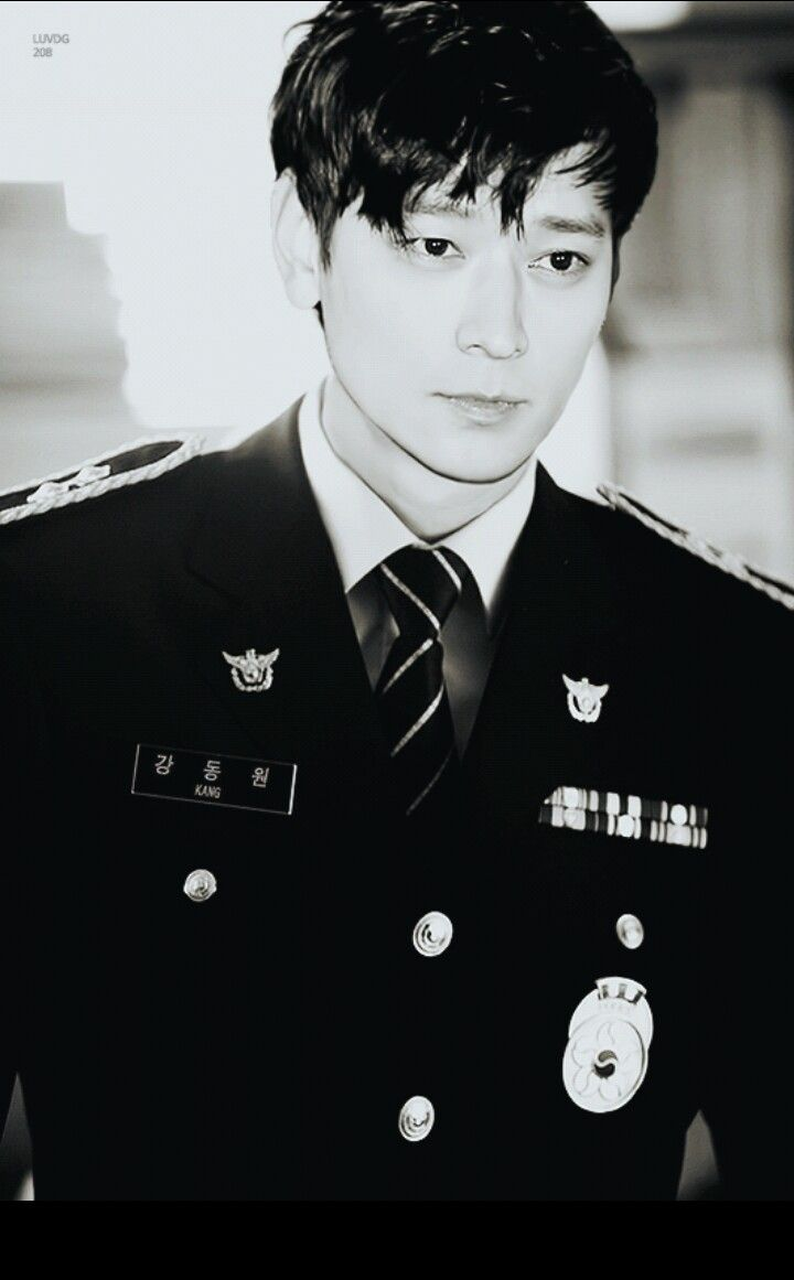 Kang Dong-won 강동원(born 18 January 1981) is a South Koreanactor.