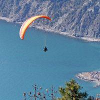 Due weekend di volo in parapendio e deltaplano tra Liguria e Calabria.