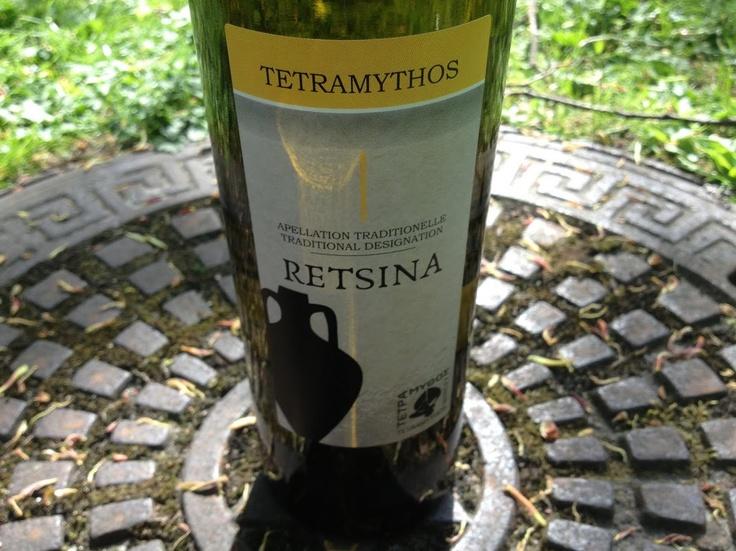 Tetramythos Wines  Retsina (2012)  100% Roditis. The wine is certified organic - Our price, DKK 89 (incl. moms)