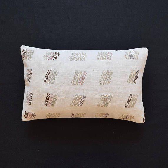 les 25 meilleures id es de la cat gorie coussins de sol sur pinterest grands coussins de sol. Black Bedroom Furniture Sets. Home Design Ideas