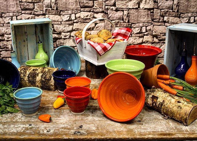 These bowls are perfect for all table settings and events! #HughJordan #CateringSupplies #ReactiveBowls #ShopOnline