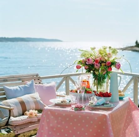 lovely: Polka Dots, Decks, Lunches, The Ocean, Breakfast, Sea, Brunch, Beaches Houses, Places