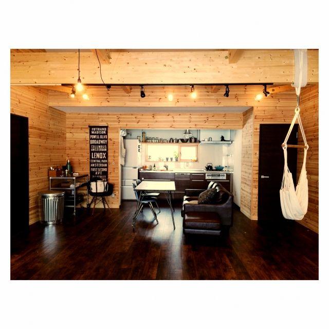 hellohellokatieさんの、デッキライト,カフェ風,ソファ,バスロールサイン,ハンモック,ダイニング,平屋,ブルックリンスタイル,部屋全体,のお部屋写真