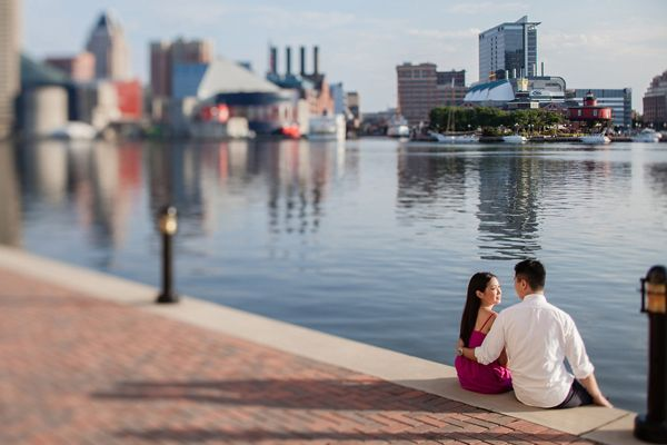 engagement photos federal hill baltimore | Baltimore Engagement by Taeck Jang Photography