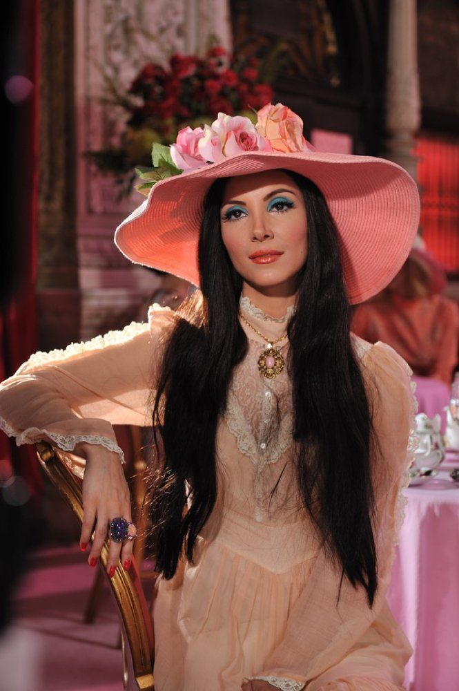 Samantha Robinson as Elaine in THE LOVE WITCH, a film by Robert Greene's girlfriend, Anna Biller.