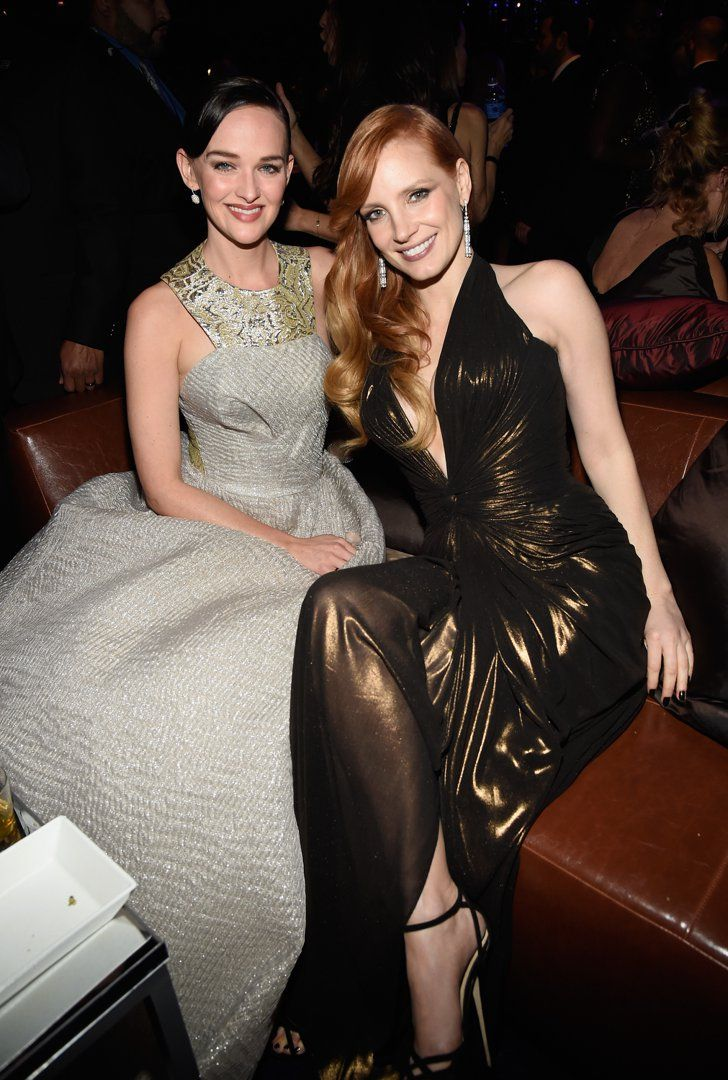 Pin for Later: Sexy Stars Flock to InStyle's Globes Bash Jess Weixler and Jessica Chastain