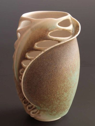Ceramics by Clare Wakefield at Studiopottery.co.uk - 2011. New Porcelain (Amazing Form!)