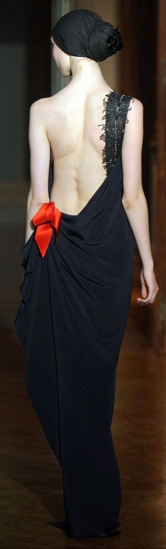 christian lacroix couture: Fashion, Red, 2009 Couture, Art, Christianlacroix, Couture Dresses, Black Dress, Haute Couture