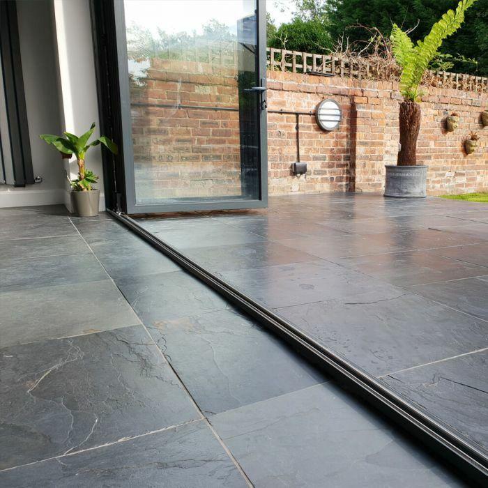 Pin Von Whitney Hopkins Auf Wallpaper Tiles And Floors Design In 2020 Terrassenfliesen Aussenfliesen Aussenboden