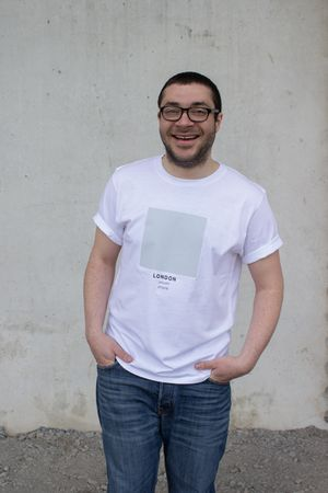 London - The Ci-Tee collection is based on a google search of each individual city, and each colour code is based on the most frequent colour that comes up on google when googling. It's a fun way of showcasing cities around the world through a colour instead of a flag. See more Ci-Tee shirts at amesstore.se
