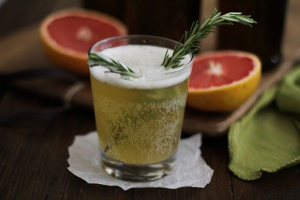 Grapefruit Rosemary Kombucha